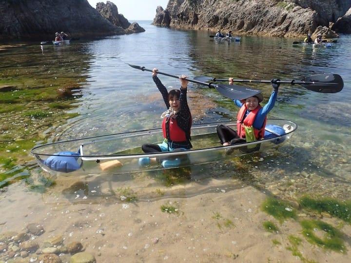 能见度25m!在鸟取・浦富海岸欣赏绝景&享受水上活动