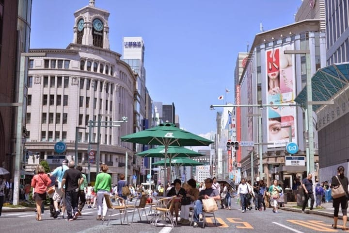 Sophisticated Ginza - Urban Walking Route Along Chuo-Dori Street