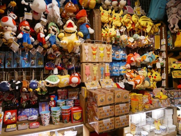 ゲームやアニメ、日本のサブカルチャーが集結!「ヴィレッジヴァンガード 渋谷本店」