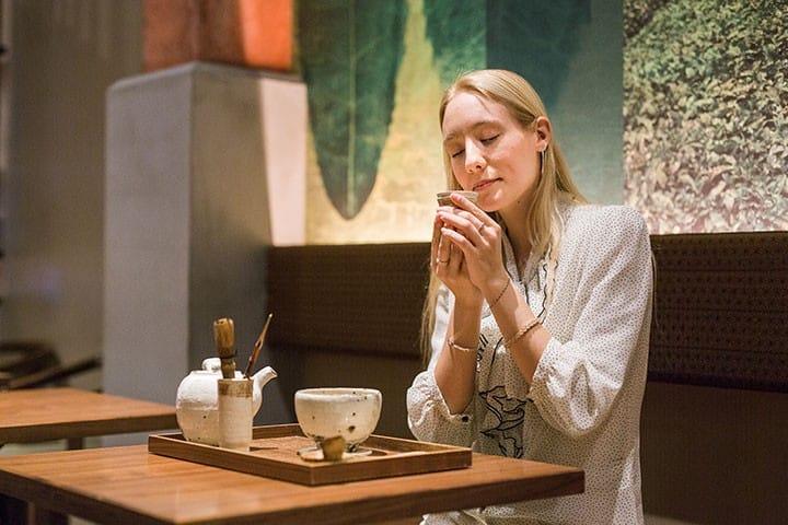 ลิ้มรสความอร่อยแท้ๆ ของชาเขียวบดสดๆ ที่ CAFE OSAKA CHAKAI คาเฟ่ชาเขียวใจกลางโอซาก้า