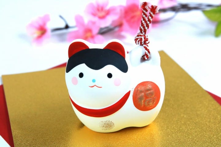 5 Cute Dog-Themed Items To Help You Celebrate The Year Of The Dog