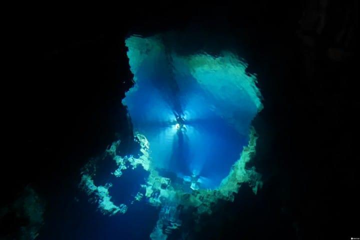 """【岩手】东北秘境,青色迷幻的绝景之地""""龙泉洞"""""""