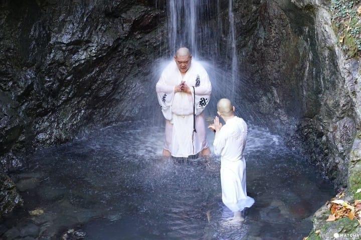Strengthen Your Spirit! Waterfall Meditation At Izurusan Manganji In Tochigi