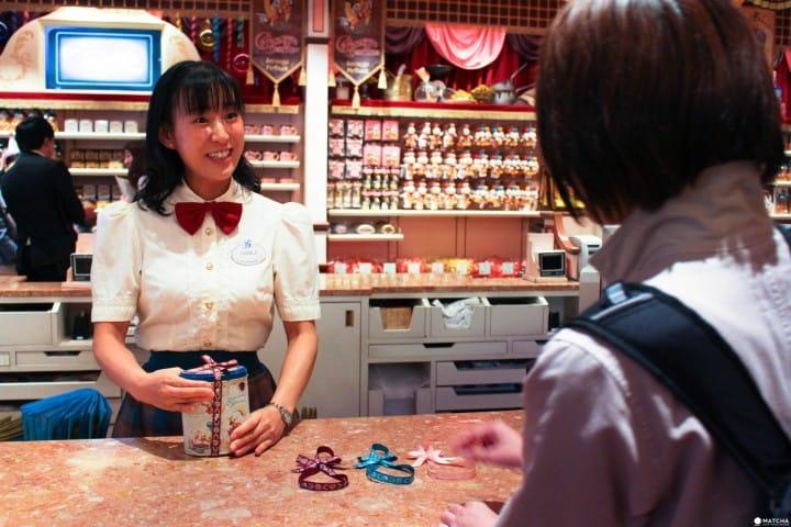 東京迪士尼樂園35週年限定店鋪 結帳