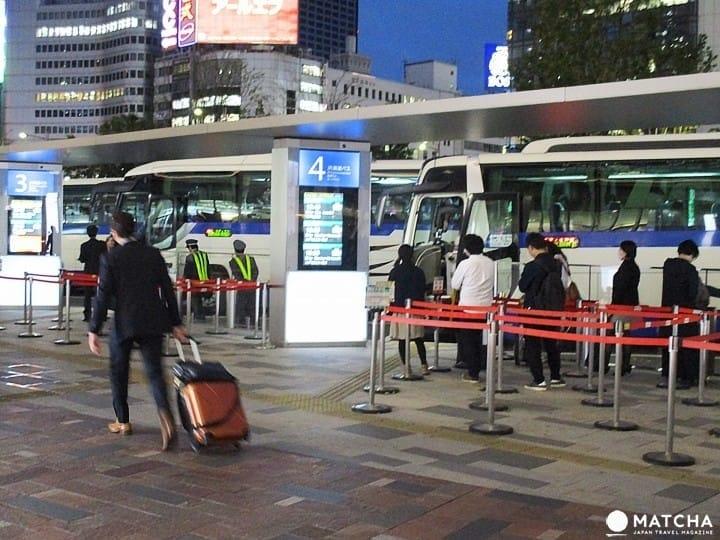 【东京站】坐夜行巴士一定要知道哪里有网咖和行李寄放的地方