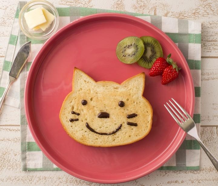 大阪・梅田の最高にキュートなスイーツ!「ブルージン」の猫型パン
