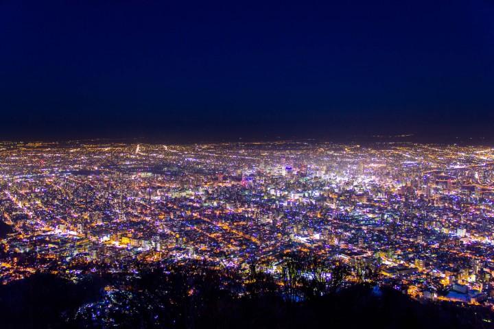 絶対見たい!札幌・藻岩山の夜景〜ビュースポット、楽しみ方、アクセス完全ガイド