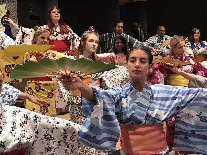 Mari Belajar Budaya Tradisional Jepang dalam Workshop Nihon Buyo Di Asakusa