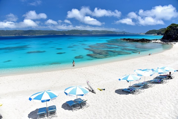 13 Okinawa Island Beaches With White Sand And Sparkling