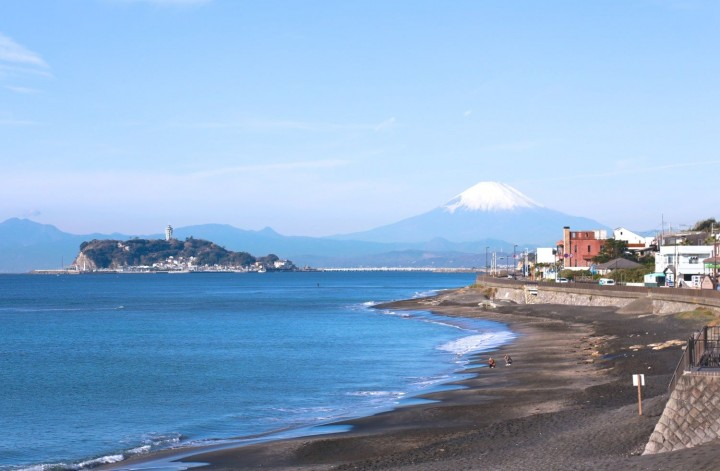 7 Things To Do In Enoshima – Shrines, Local Cuisine, And Mt. Fuji Views