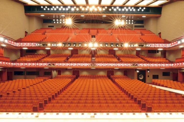など 劇場 次 うち 舞台 歌舞 の どれ 伎 装置 の に は ある