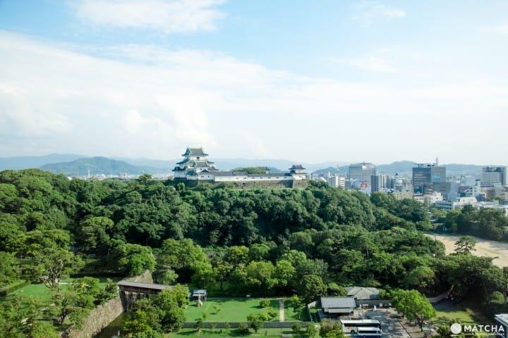 6 địa điểm tản bộ tại lâu đài Wakayama có thể trải nghiệm lịch sử và ngắm cảnh