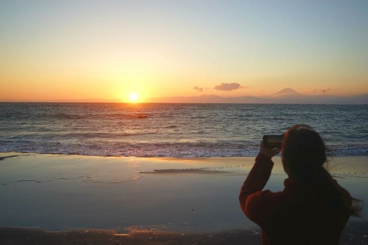Watch The Sunset From The Beach! A Rewarding Day Trip To Hayama