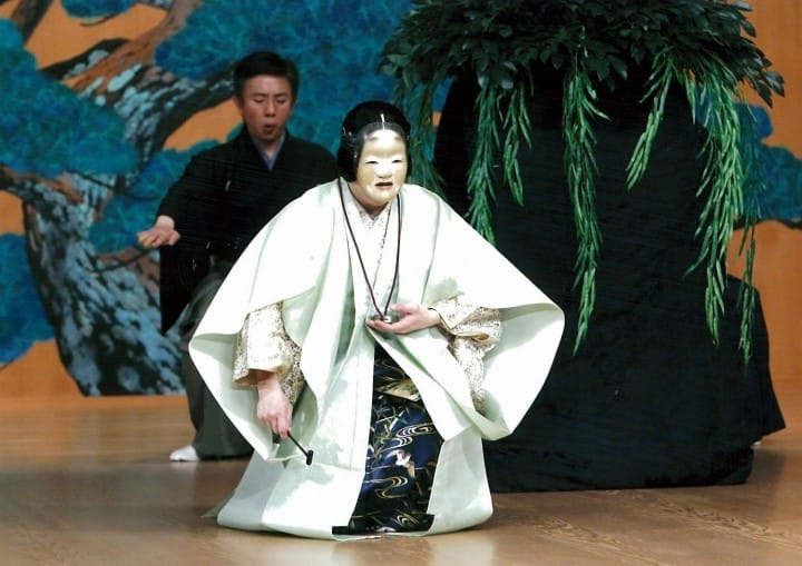 Noh Theater In English! SUMIDAGAWA: Sound of prayer cradled in sorrow