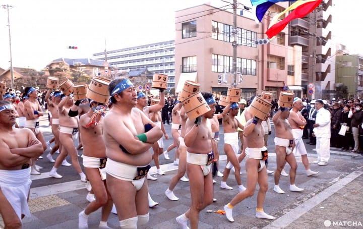 『名古屋』老阿伯才是偶像!日本奇祭 國府宮裸祭