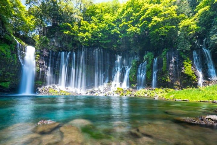 祭り、絶景、グルメを楽しむ!夏でも涼しい日本の観光地7選