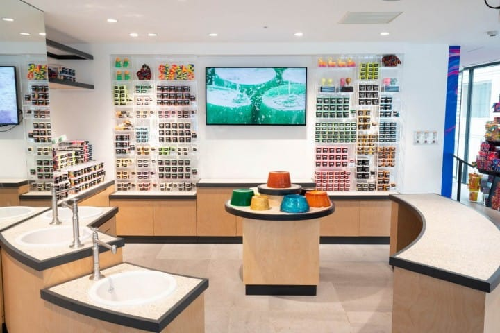 LUSH Shinjuku - Exclusive Products At The Largest Store In Asia