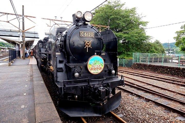 นั่งรถจักรไอน้ำย้อนยุคด้วย Tokyo Wide Pass ไปเที่ยวที่มินาคามิ (Minakami) ในกุนมะ (Gumma) กัน!