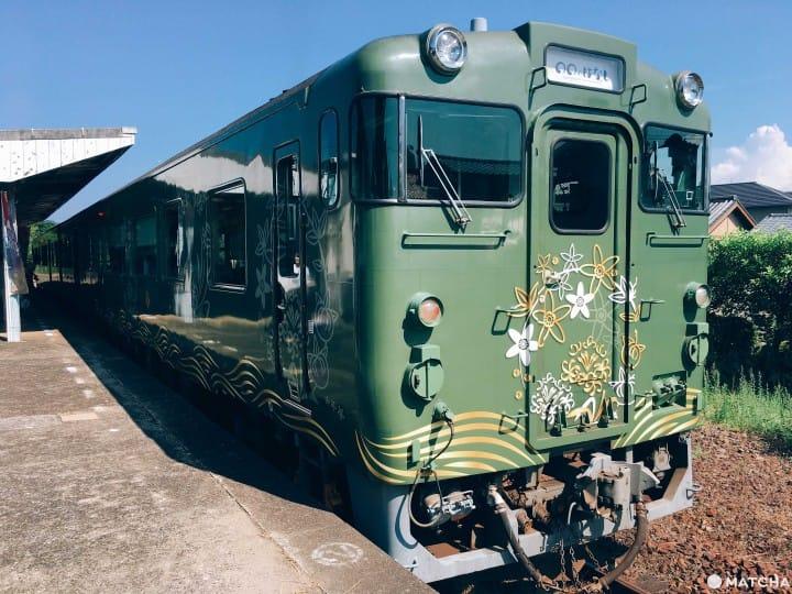 【山口】搭乘觀光小列車「〇〇のはなし」,悠遊山口海岸線與歷史小鎮萩市