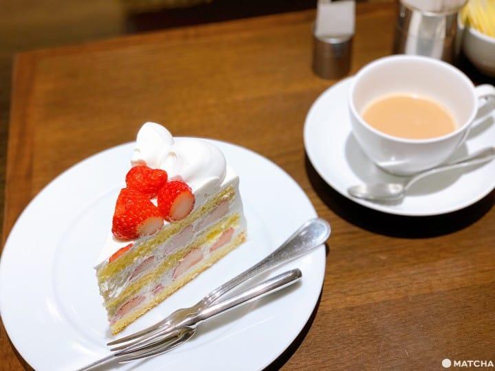 HARBS草莓蛋糕