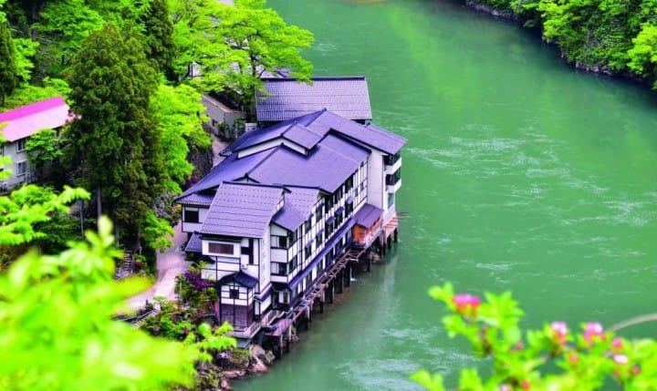 『富山』最「仙」的夢幻秘境!大牧溫泉