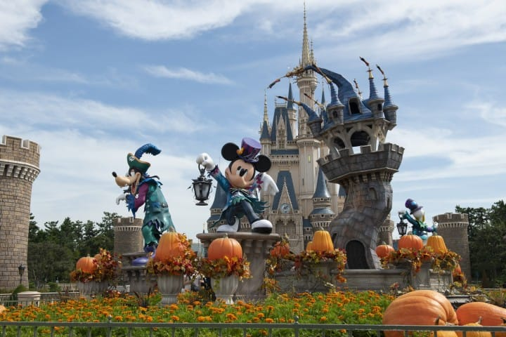 Tokyo Disneyland Halloween 2020 Dress Up For Halloween At Tokyo Disneyland And DisneySea | MATCHA
