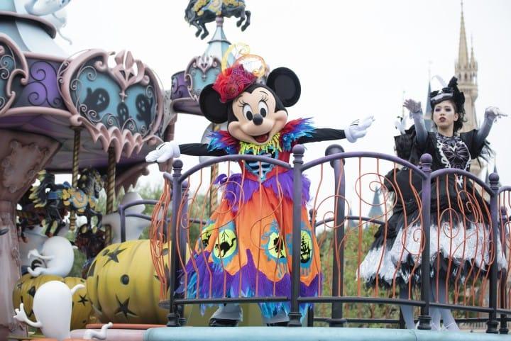 Dress Up This Halloween At Tokyo Disneyland And DisneySea