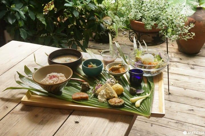 【沖繩那霸】吃全素也不用擔心!素食者的美食花園「浮島花園」