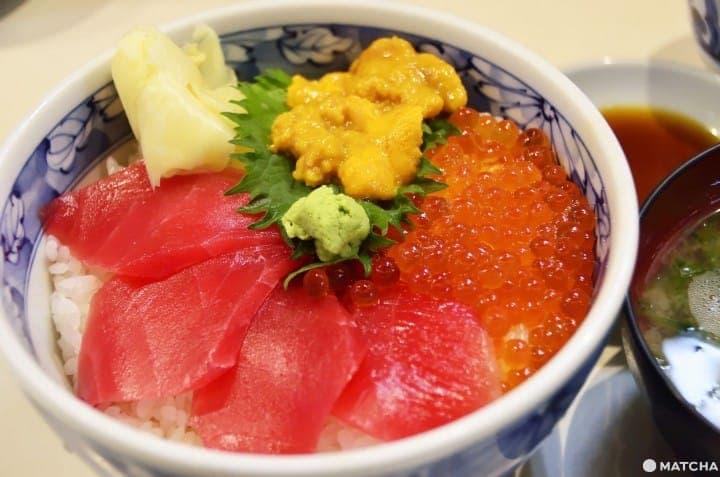 【大阪】 不要再只去黑门市场了!现抓现吃生鱼片!中之岛渔港