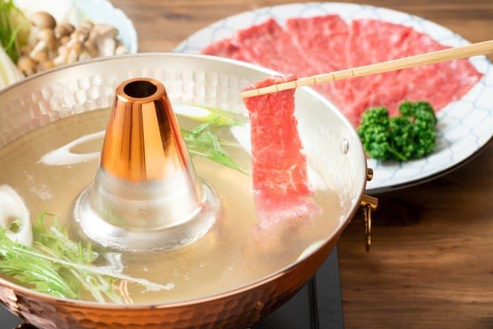 日本涮涮锅完全指南。抹茶带您了解涮涮锅的价格、吃法、食材与各种店铺