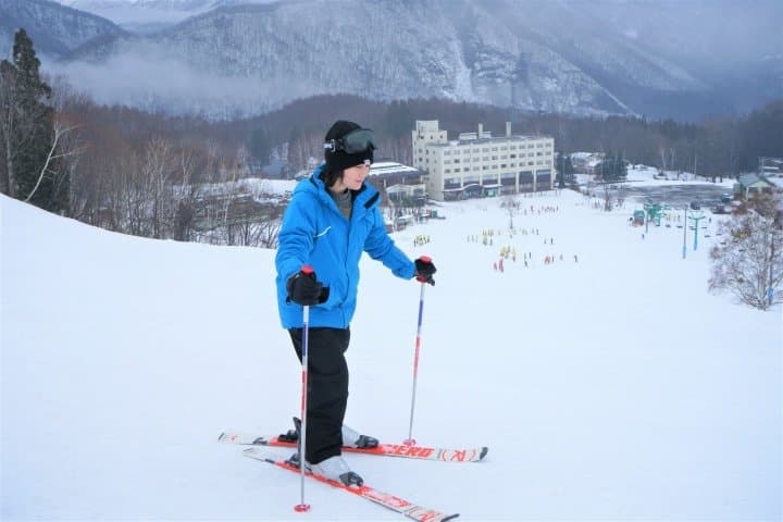 Great For Ski Beginners! Powder Snow And Onsen Day Trip In Minakami