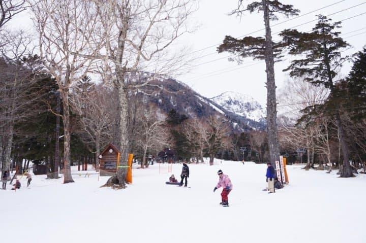帶小孩盡情遊日光!冬季2天1夜日光家族旅:第1天滑雪溫泉行程