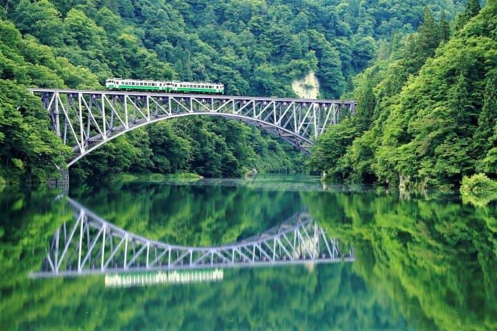 【福岛】2天1夜的绝景&美食之旅该怎么玩?租车自驾或搭电车的旅游攻略