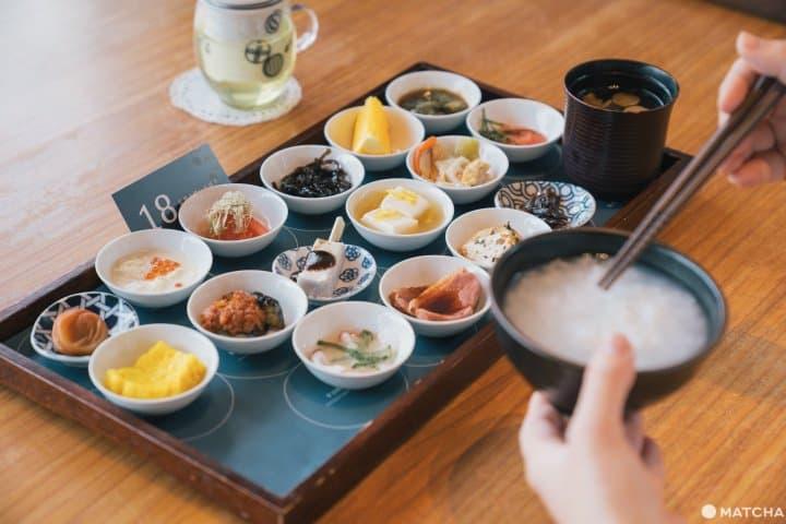 お寺で朝食を。「築地本願寺カフェ Tsumugi 」の彩豊かな朝ごはん