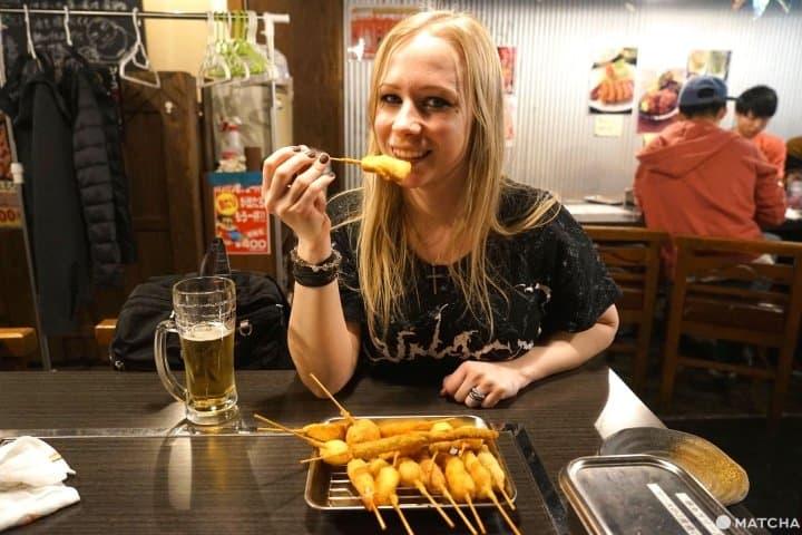 How To Enjoy Kushikatsu At Shinsekai, Osaka