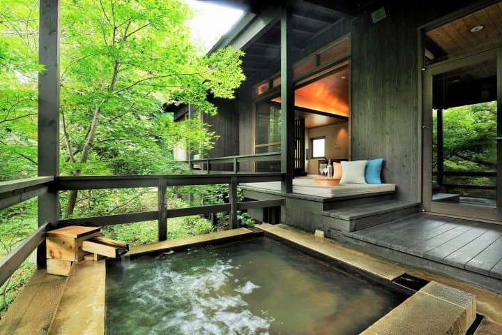 7 ข้อดีของ Hoshino Resorts KAI Aso พักผ่อนในออนเซ็นส่วนตัว แล้วออกเที่ยวสัมผัสคิวชู