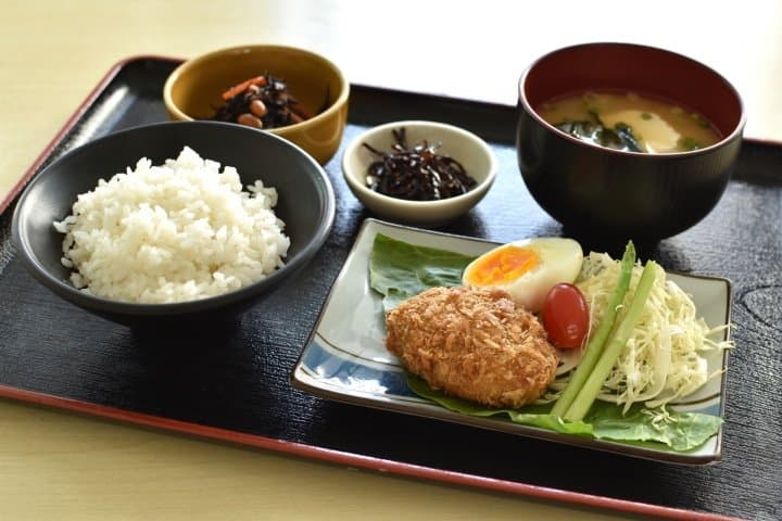 Teishoku Set Meal - Japanese Encyclopedia