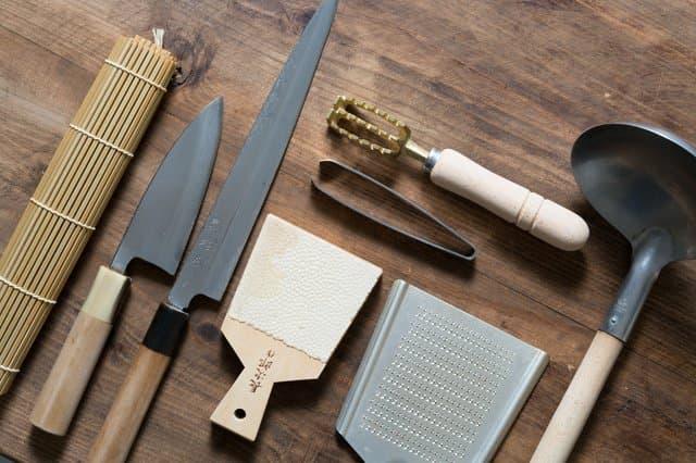 แนะนำอุปกรณ์ทำอาหารญี่ปุ่นแสนสะดวกที่ขาดไม่ได้!